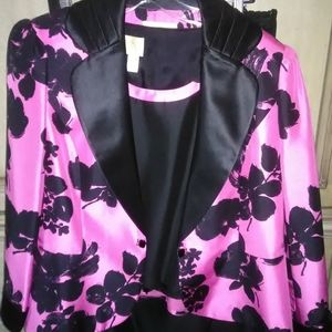 3 piece suit, black and pink NEW never worn